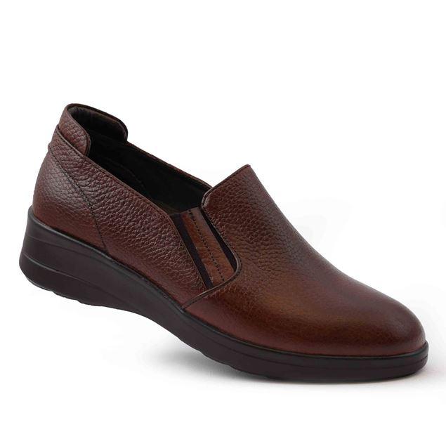 تصویر کفش زنانه بادامی
